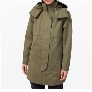 NWT Lululemon Rain shaker jacket